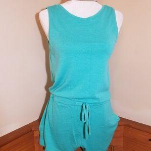 Gap sleeveless Romper Size S
